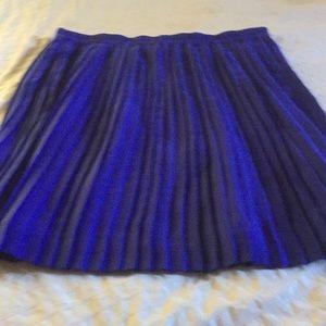 Banana Republic pleated skirt